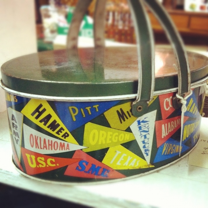 college pennant lunch pail
